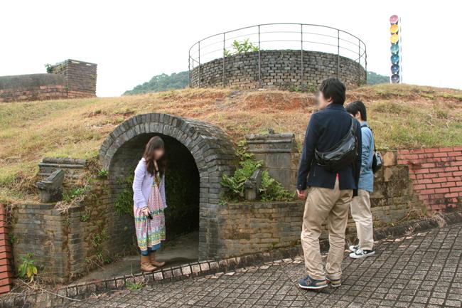 焼き物公園 窯 洞窟