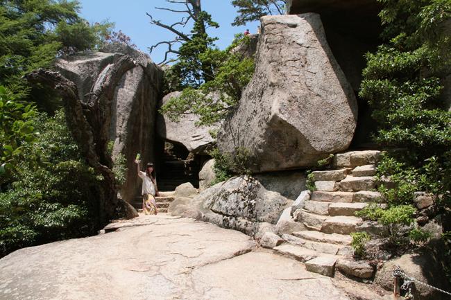 宮島 くぐり岩