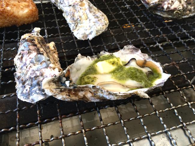 牡蠣小屋 ジェノバソース