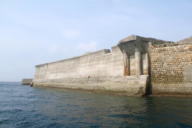 軍艦島 外壁