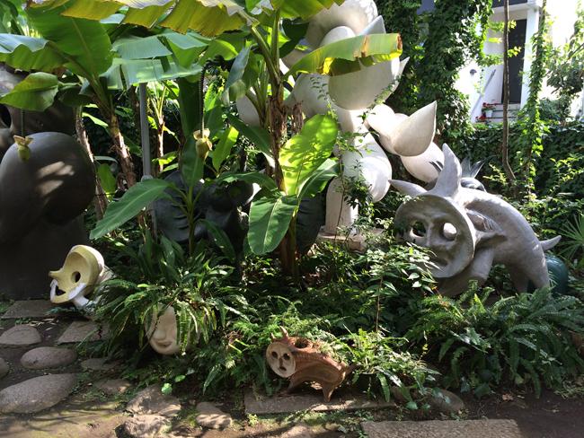 岡本太郎記念館 お庭