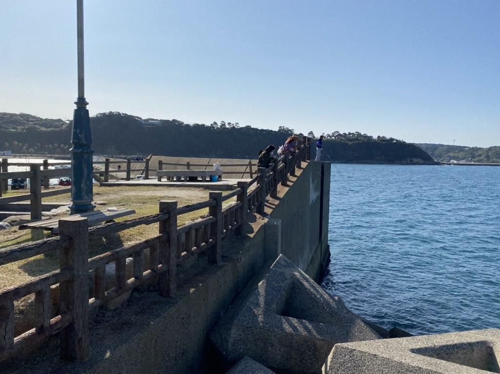 小友漁港 穴釣り
